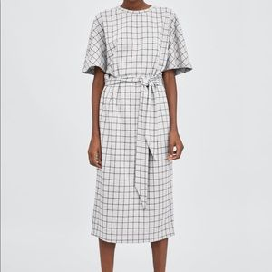 Zara knit plaid dress with tie